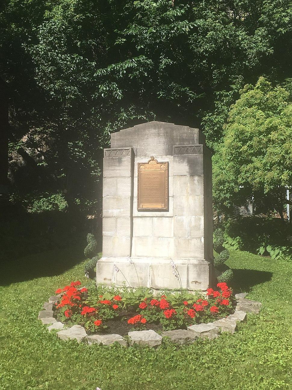Louis Jolliet monument Quebec City