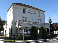 Luzancy mairie.jpg