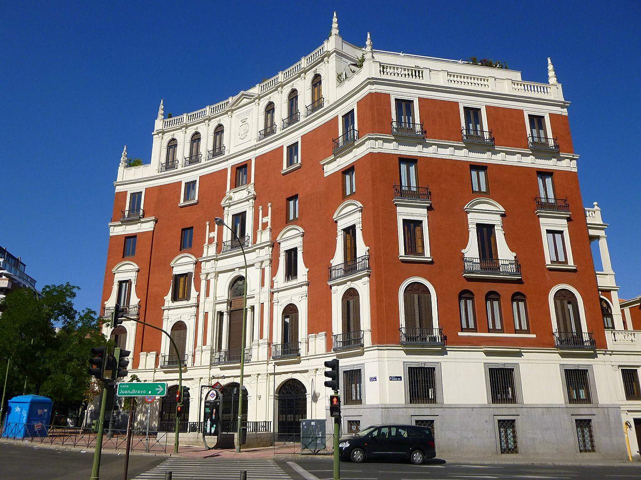 Archivo madrid paseo de eduardo dato 25 viviendas para el arquitecto pedro de - Trabajo arquitecto madrid ...