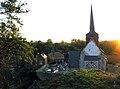 Maisnières église (depuis la motte) 3.jpg