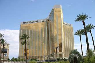 Mandalay Bay - Image: Mandalay Bay Hotel Las Vegas (July 15 2008)