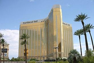 Mandalay Bay - Image: Mandalay Bay Hotel Las Vegas (July 15 2008)