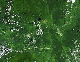 Lake Barombi Mbo crater lake