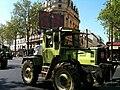 Manifestation des agriculteurs en tracteur dans Paris 1.jpg