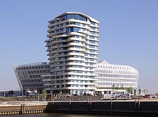 Datei:Marco-Polo-Tower.jpg – Wikipedia
