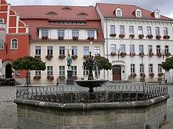 Markt rathaus pulsnitz.jpg