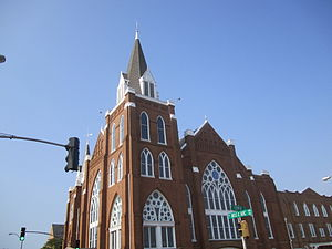 Ark-La-Tex - Image: Marvin United Methodist Church, Tyler, TX IMG 0522