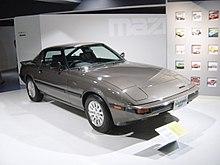 [Slika: 220px-Mazda-rx7-1st-generation01.jpg]