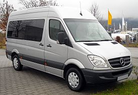 Mercedes-Benz Sprinter front 20081206.jpg