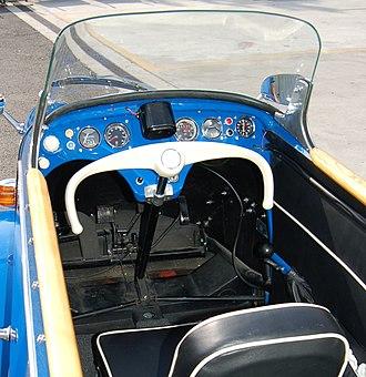 Messerschmitt KR200 - Instruments and controls of a KR201 Roadster