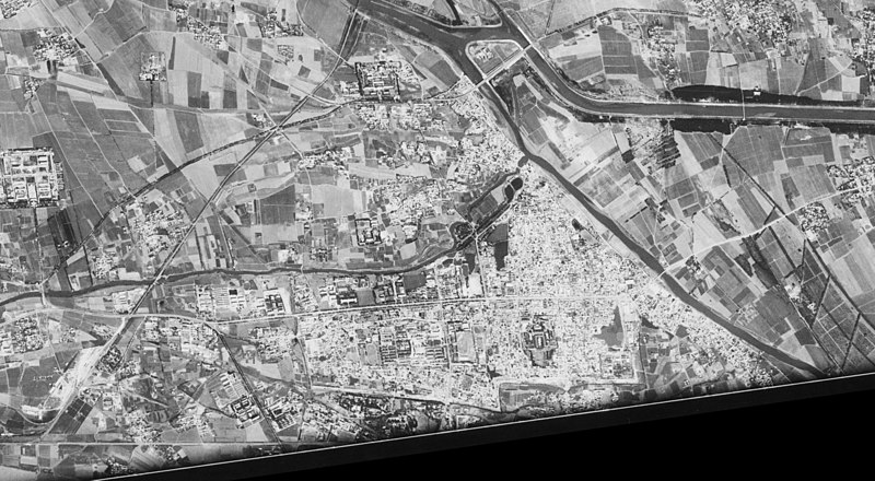 Middle of Tongzhou District, Beijing - satellite image (1967-09-20).jpg