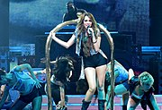Miley Cyrus - Wonder World Tour - Party in the U.S.A