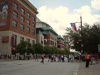 1999 Houston Astros season - Exterior of Minute Maid Park