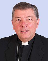 Mons. Martinez Camino (30279524564).jpg