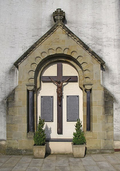 War memorial WWII, Monument aux Morts, Lenningen, Luxembourg