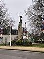 Monument aux morts de Beaune en janvier 2021.jpg