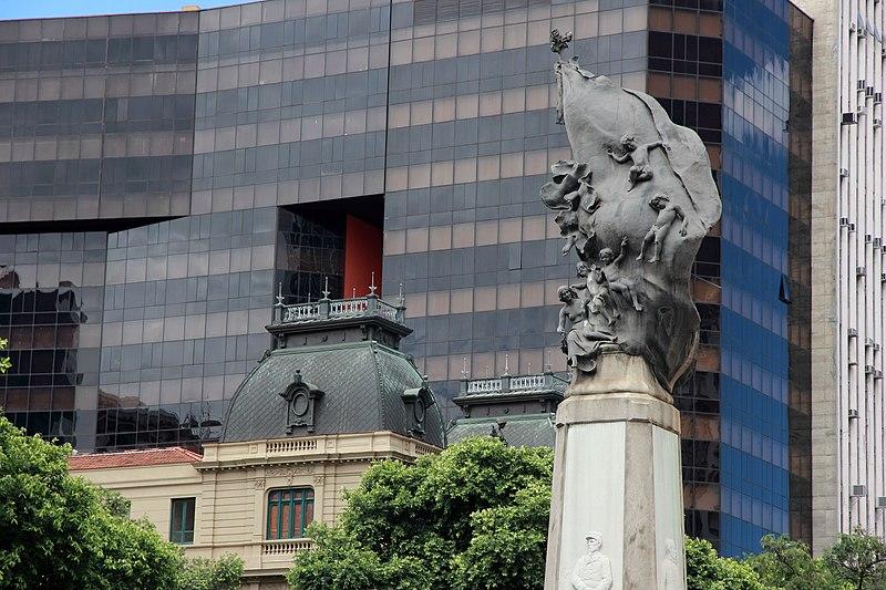 File:Monumento ao Marechal Floriano Peixoto 04.jpg