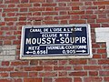 Moussy-Verneuil limite Soupir (Aisne) Canal de l'Oise à l'Aisne, écluse nr 12 de Moussy-Soupir, plaque.JPG