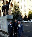 Németh Ferenc Imperial egykori lovasa és a legendás tréner Aperianov Zakariás középen Farkasházy Tivadar.JPG