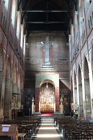 St Bartholomew's Church, Brighton - The nave