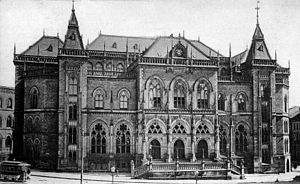 Bremen Exchange - The New Exchange (Neue Börse) in the Marktplatz at the end of the 19th century.