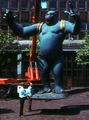 Nicholas Monro's King Kong statue in original colours - crop.png