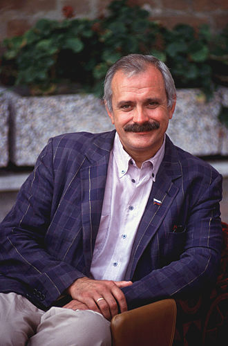 Burnt by the Sun - Critics praised Nikita Mikhalkov's performance and his chemistry with daughter Nadezhda Mikhalkova.