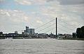 Oberkasseler Brücke (5).JPG