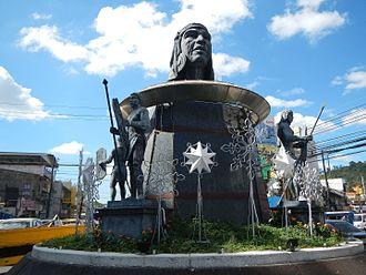 Olongapo - Ulo ng Apo monument at the Bajac-Bajac rotunda
