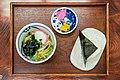 Onigiri udon (41001742365).jpg