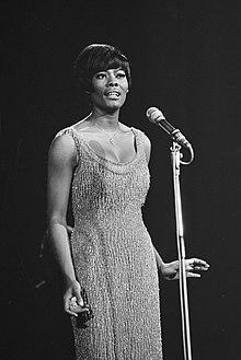 Optreden van de Amerikaanse zangeres Dionne Warwick, Bestanddeelnr 919-6271.jpg