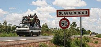 Transport in Burkina Faso - Image: Ouagadougou road