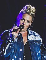 Pink P!nk - V2017 Hylands Park Chelmsford - Saturday 19th August 2017 PinkVFest190817-35 (36356783410) (cropped 2).jpg