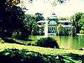 Palacio de cristal y lago.JPG