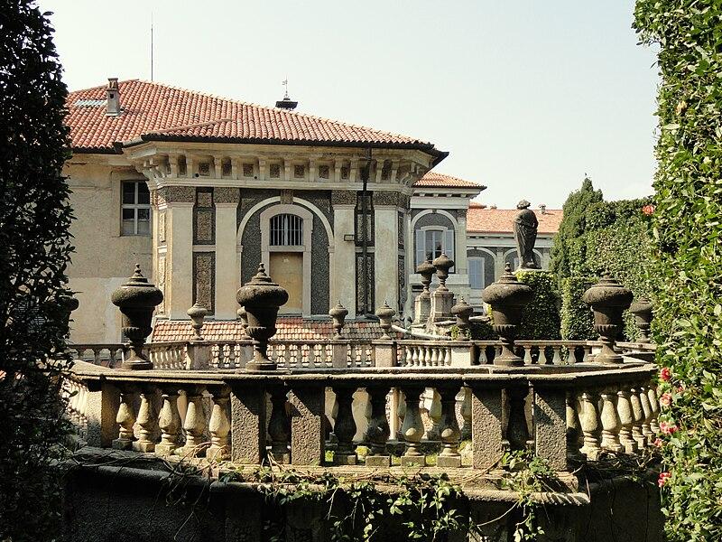 File:Palazzo Borromeo (Isola Bella) - DSC03411.JPG