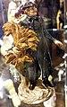 Paneum - Porzellanfigur 2 Priester.jpg