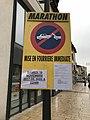 Panneau mise en fourrière immédiate - marathon du Beaujolais.JPG