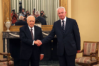 Panagiotis Pikrammenos - Pikrammenos (r.) being sworn in by Greek President Karolos Papoulias on 16 May 2012