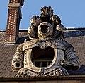 Paris - Les Invalides - Façade nord - Lucarne - PA00088714 - 004.jpg