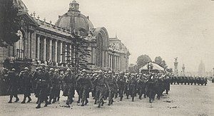 Paris in World War I - French soldiers march past the Petit Palais (1916)