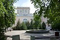 Park with fountain in Bauman University - Moscow, Russia - panoramio.jpg