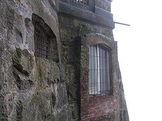 Tequendama Falls Museum - Image: Parte baja del Hotel del Salto del Tequendama