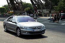 Les militaires ont été désarmés durant la visite de François Hollande à Olivet 220px-Peugeot-607-CRW_1653