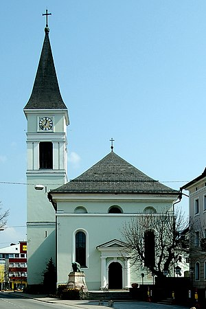 Pfarrkirche_Woergl.jpg
