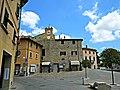Piazza Roma 1, Gambassi Terme.JPG