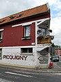 Picquigny curieuse maison d'angle 1.jpg
