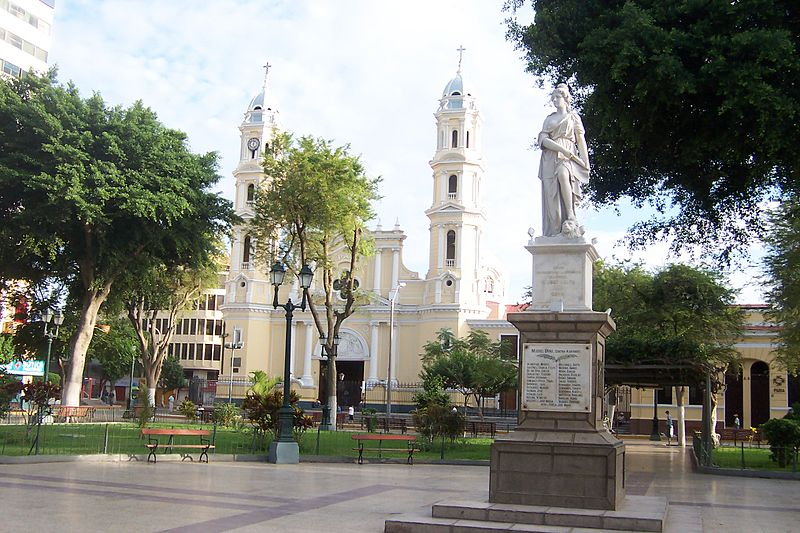 Guide to Piura - Plaza de Armas in central Piura