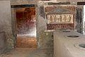 Pompeya. Thermopolium de Vetutius Placidus. 03.JPG