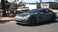 Fichier:Porsche Panamera snow testing in Angels Camp, CA.ogv