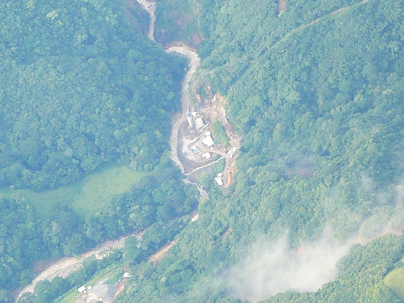 File:Presa del P.H. El Encanto - panoramio.jpg